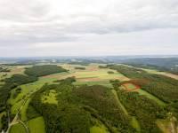 Terrain pour camp scout :Vue de Haute Roche par drone