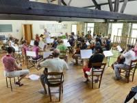 Salle polyvalente, avec plancher en bois, cours de violon. 110 m2